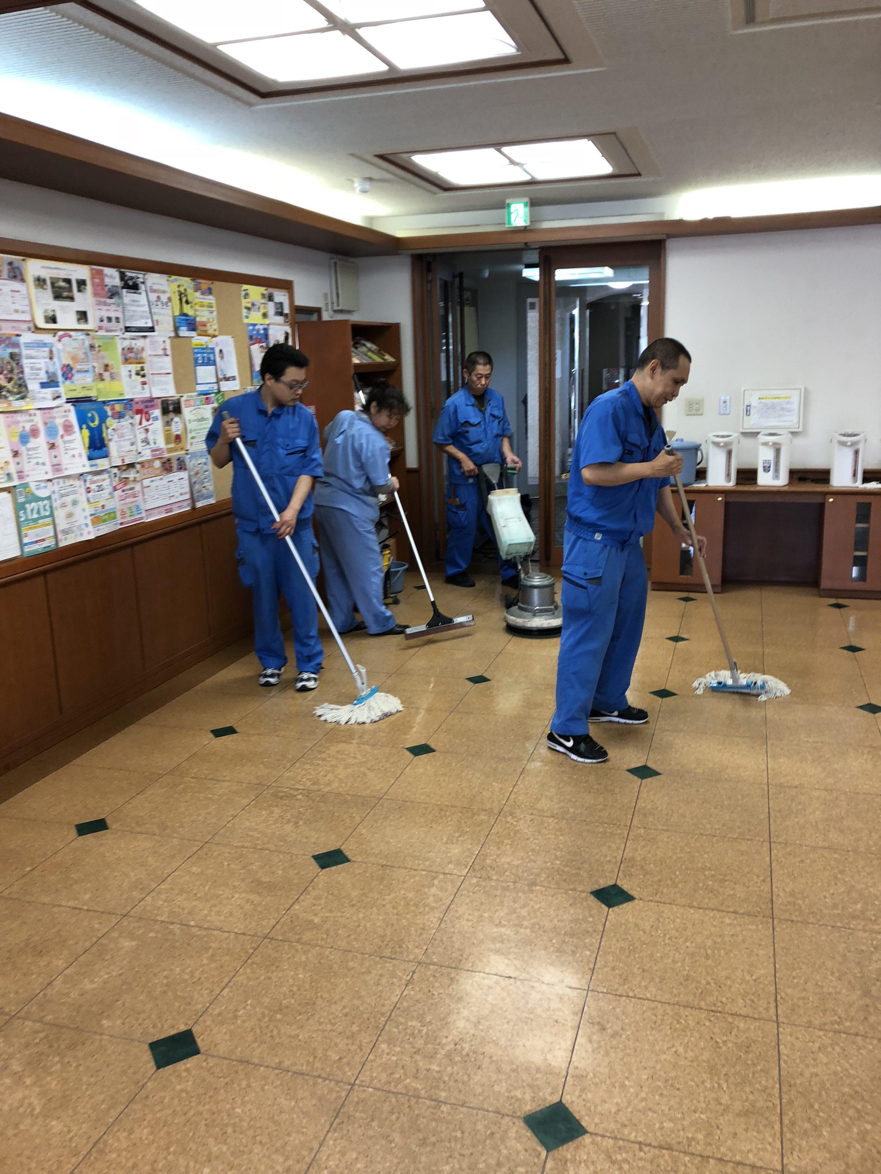 施設内 定期清掃